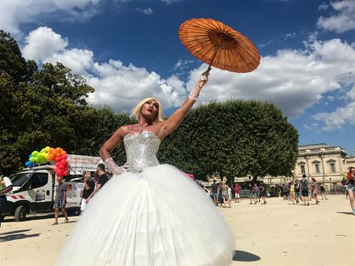 site de rencontre de gay marriage a Saint-Etienne