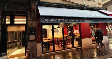 C'est la frite à Saint-Etienne: une friterie place Jean-Jaurès